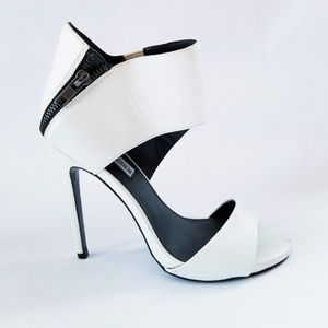 Steve Madden Maitai wrap ankle stiletto white